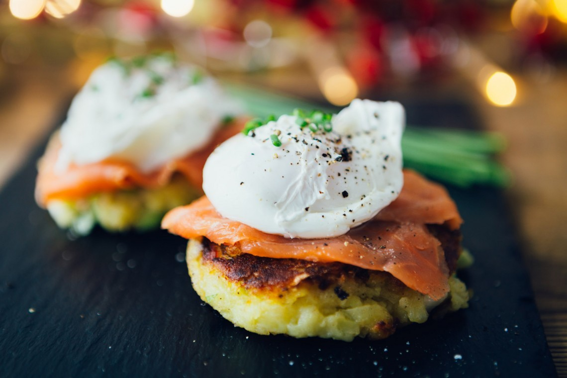 Breakfast smoked salmon & potato cake