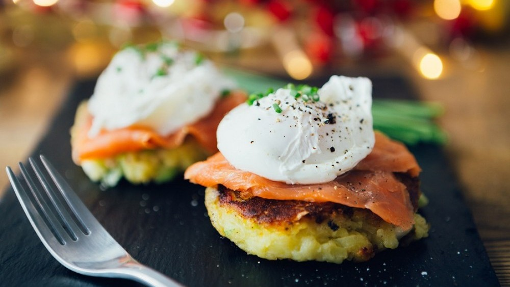 Breakfast potato cakes with smoked salmon and poached eggs