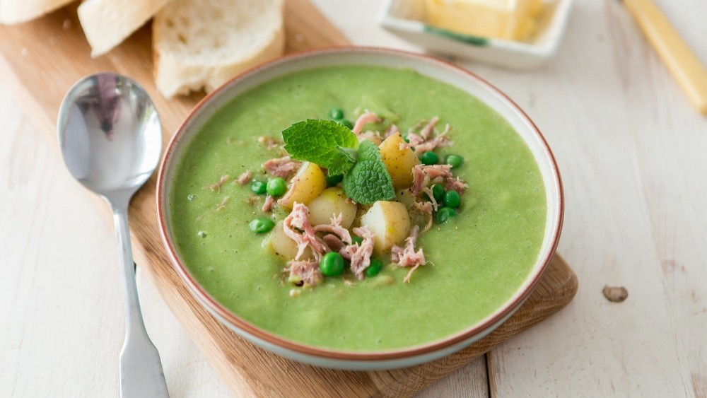 Cornish New potato, pea and ham soup
