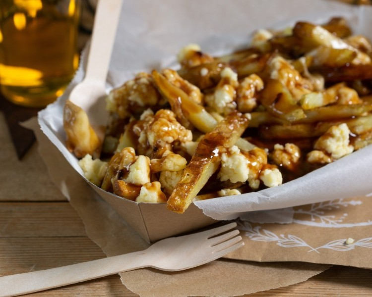 Poutine - oven chips, curds & gravy